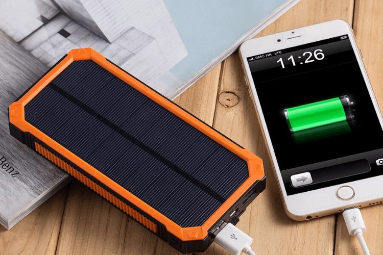 chargeur-batterie-solaire